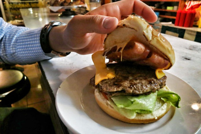 moe's diner montreal food blog 1