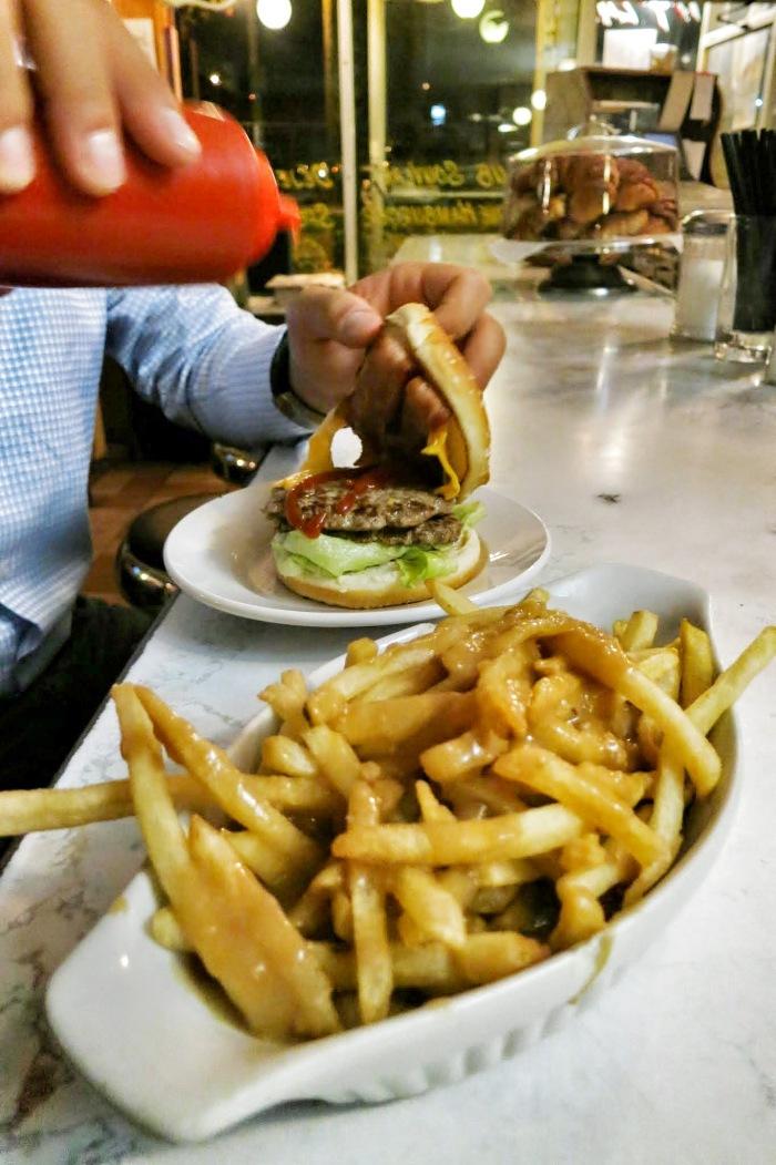 moe's diner montreal food blog 2