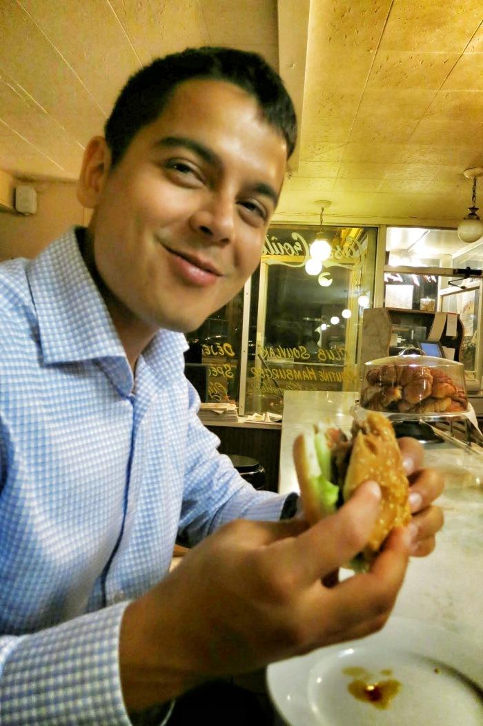 moe's diner montreal food blog 3